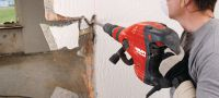 TE 700-AVR High-performance breaker / chipping hammer for renovation and demolition work, featuring low vibration for superior handling and a brushless motor for longer lifetime Applications 1